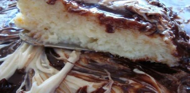 bolo-de-coco-com-chocolate