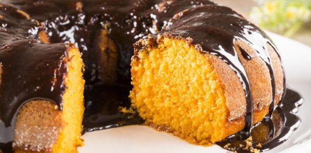 bolo-de-cenoura-com-cobertura-de-chocolate