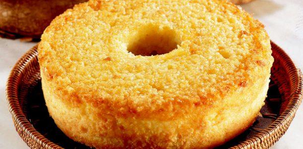 bolo-de-mandioca-caipira