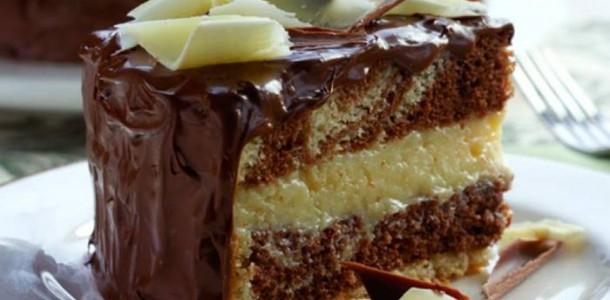 Bolo-de-Chocolate-Recheado-com-Beijinho