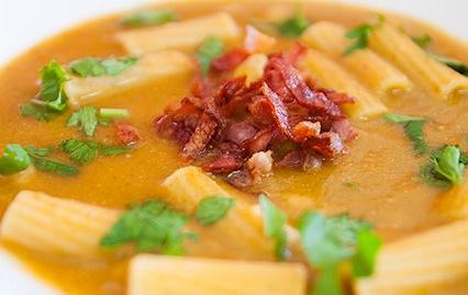 Sopa-de-Feijao-Branco-com-Tomate-e-Salsa-SI-2 (1)
