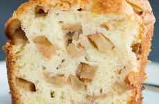 Bolo-de-maçã-com-3-tres-ingredientes