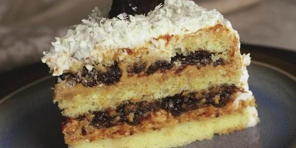 bolo-de-doce-de-leite-e-ameixa-600x400