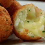 21_00_57_383_receita_bolinhos_de_arroz_com_queijo.jpg