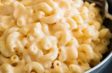 stovetop-macaroni-cheese-1-768x1152